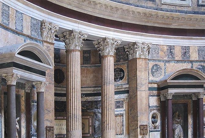 Отделка стен в Римском Пантеоне