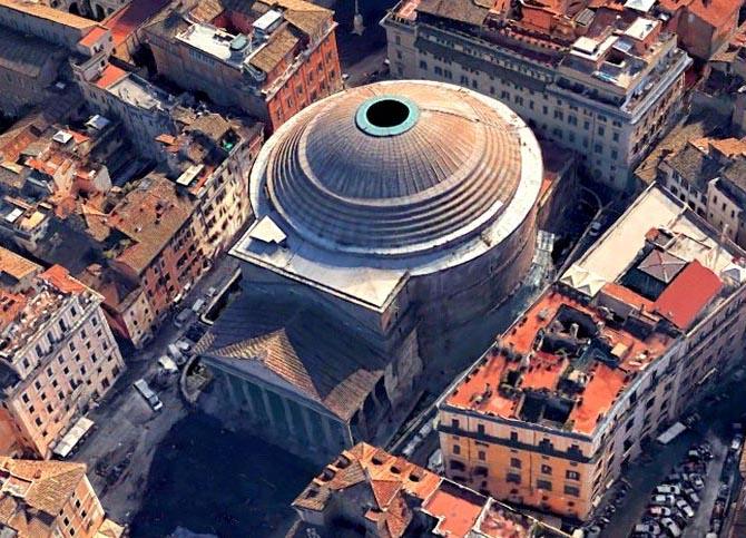 Римский Пантеон с высоты птичьего полета