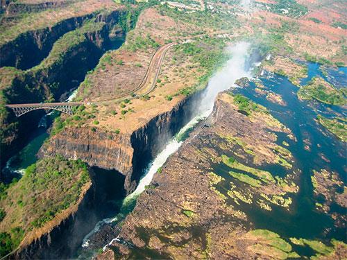 Река Замбези в Зимбабве