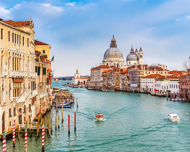 Вход в Гранд-канал в Венеции