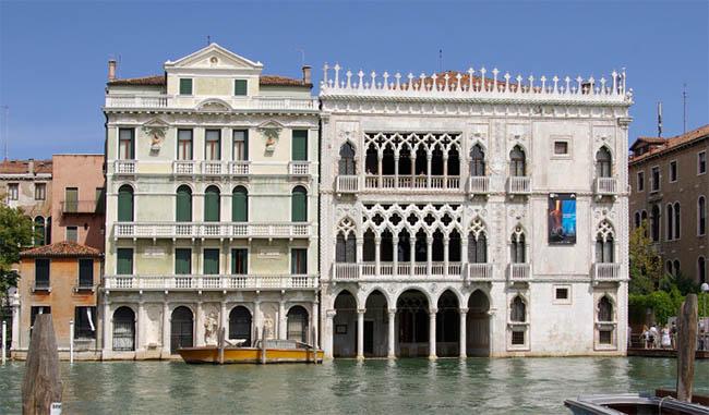 Ca' d'Oro в Венеции на Гранд-канале